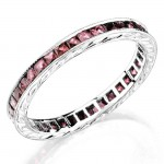 Hand Engraved Gold Ring set with Princess Cut Pink Sapphires