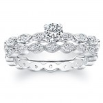 Petite Classic, Diamond Engagement Ring