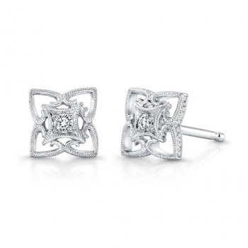 Diamond Earring.